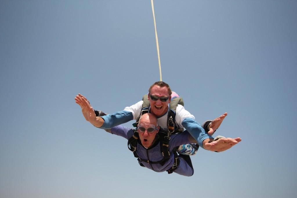 Sky diving (Copy)