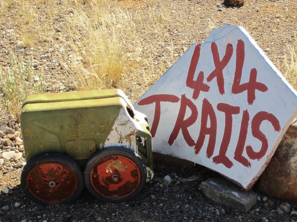 Artwork indicating they offer 4x4 trails.