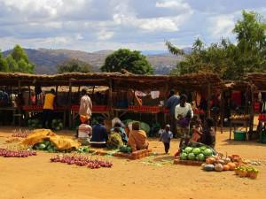 The best fresh fruit and vegetables are sold by vendors next to the road.