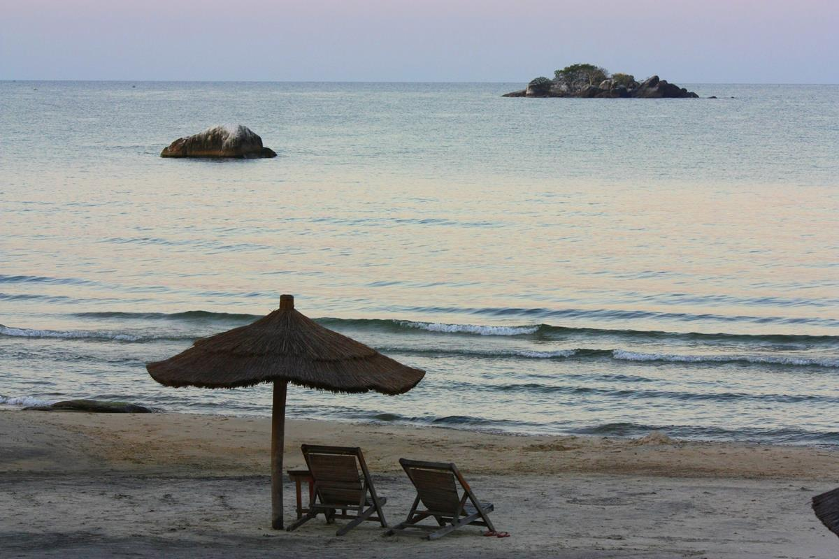 Mkuzi Beach is one of the idyllic destinations of Malawi which you can reach in a sedan vehicle.