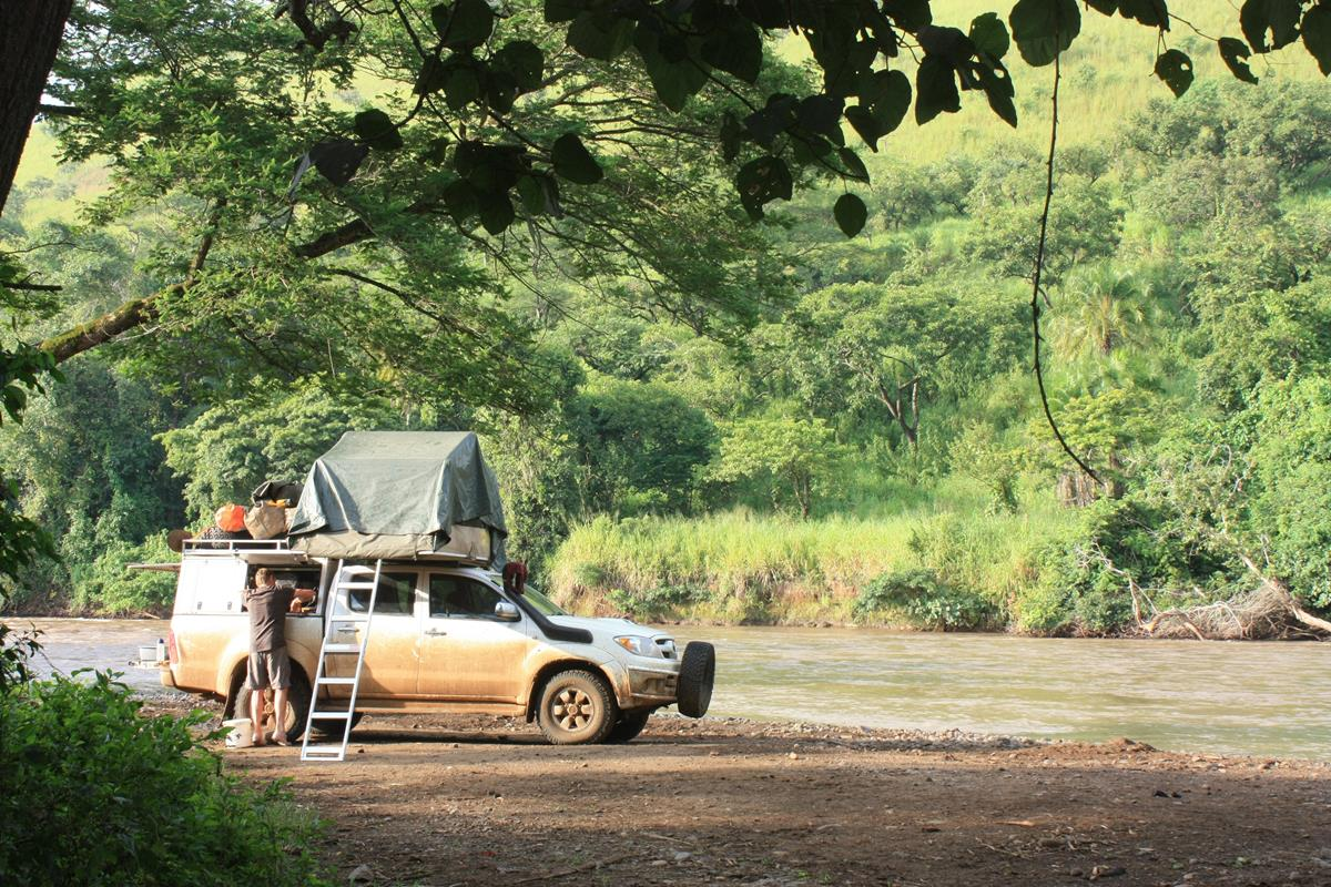 Peaceful bush camp on the Gajeb River.