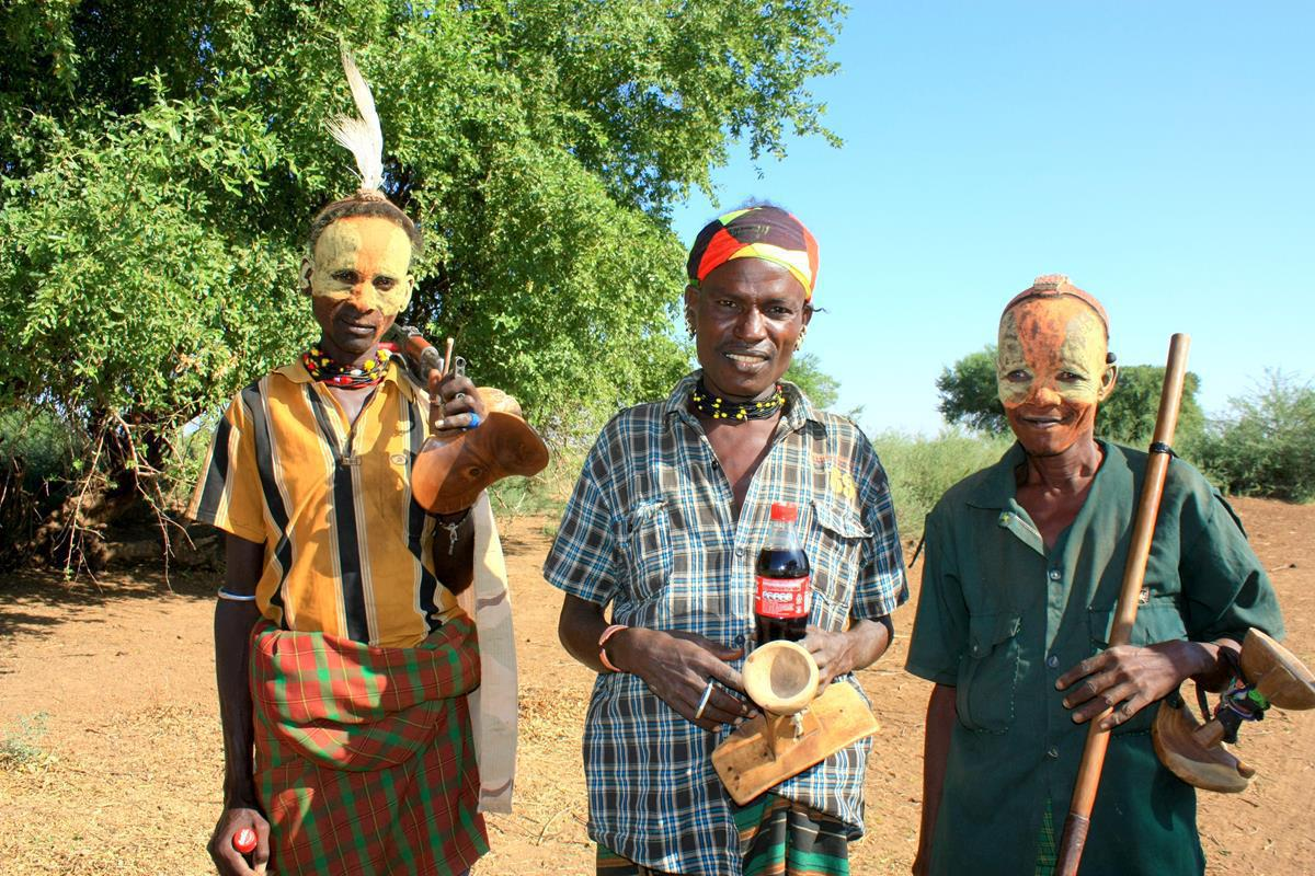 Herders from the Omorate tribe.