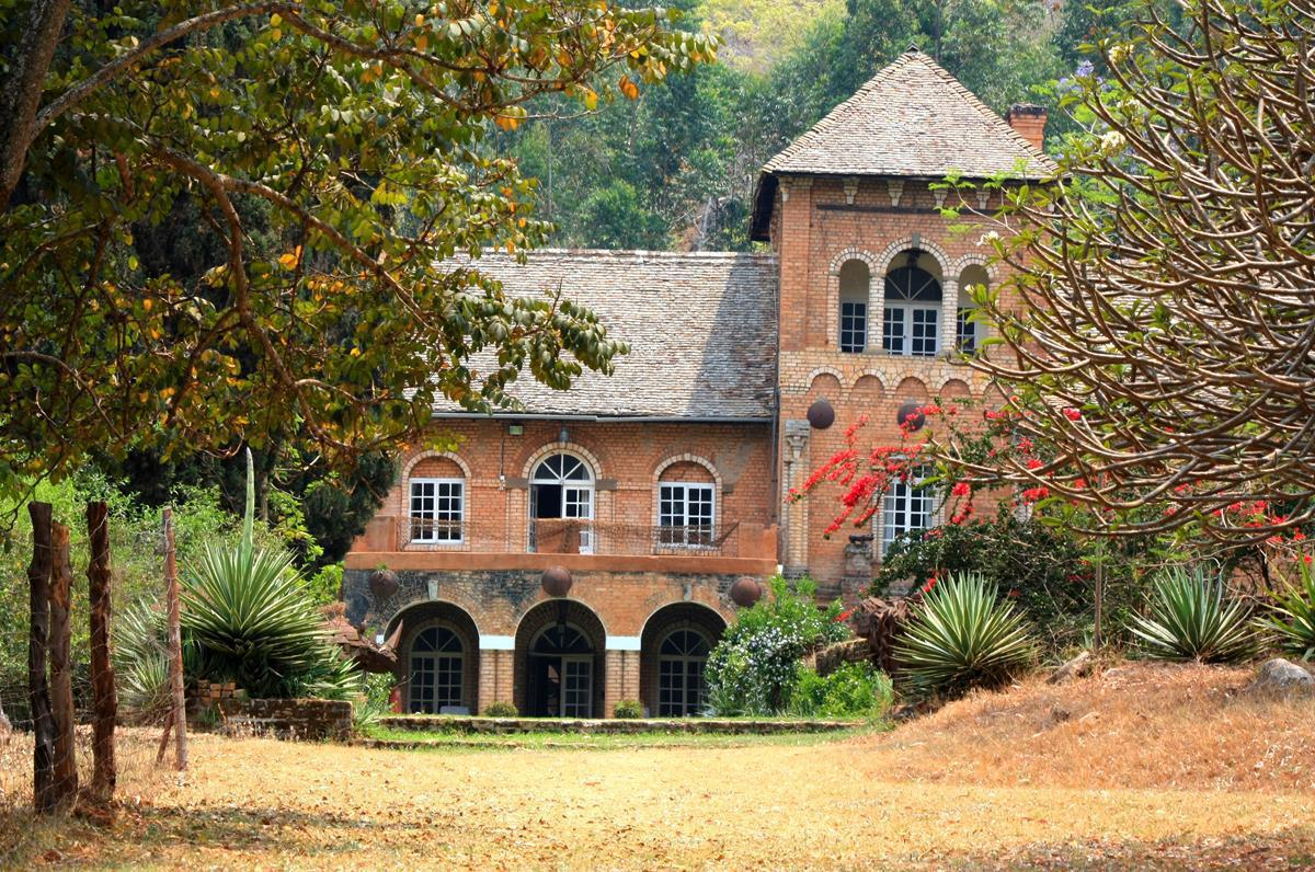 Shiwa Nganda was built by Stewart Gore Brown for his young English wife.