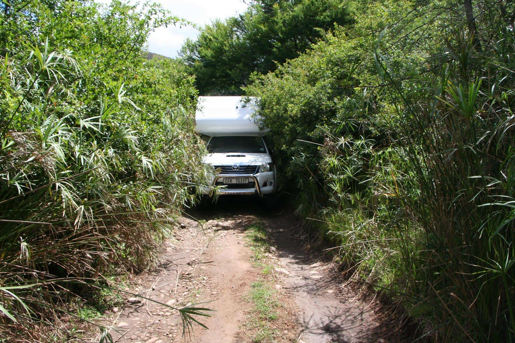 Maneuvering a narrow track in the Baviaanskloof. (Photo: Elizabeth du Preez)