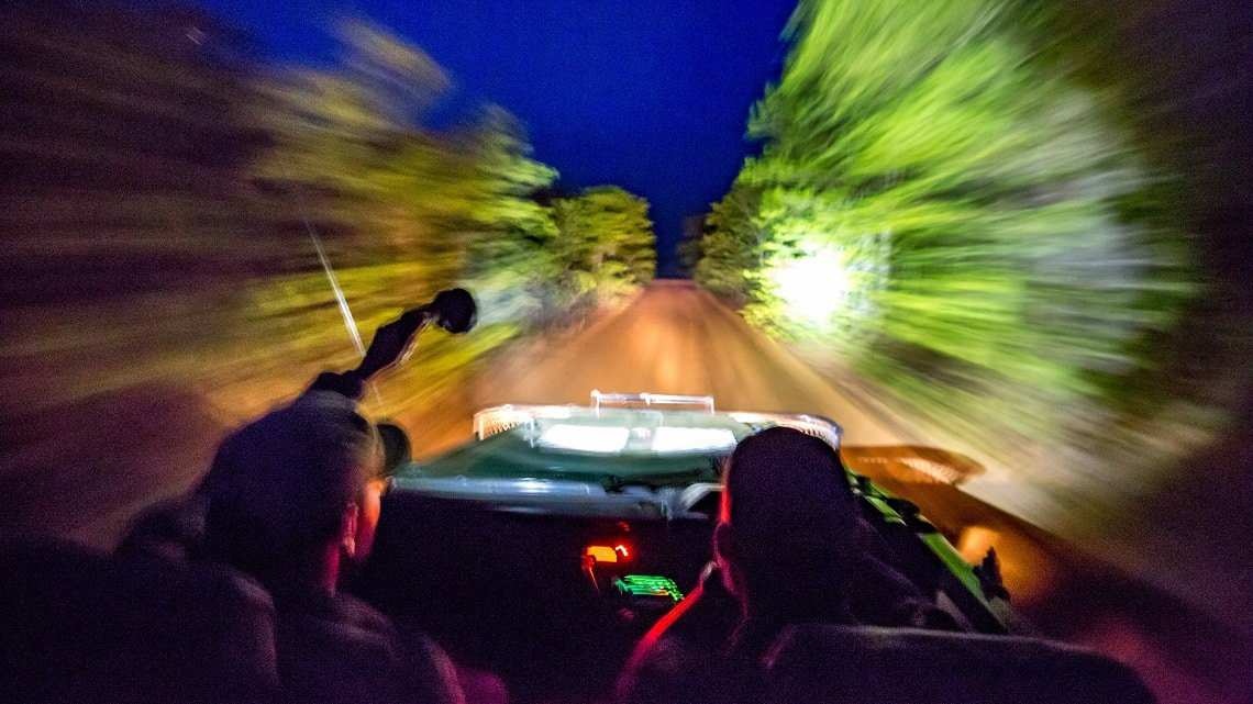 Samuel Cox - Night drive - Night photography tips
