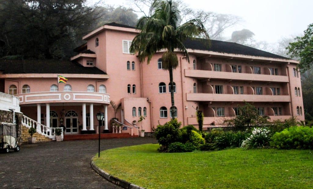 Zimbabwe - Eastern Highlands - Leopard Rock Hotel - Romi Boom